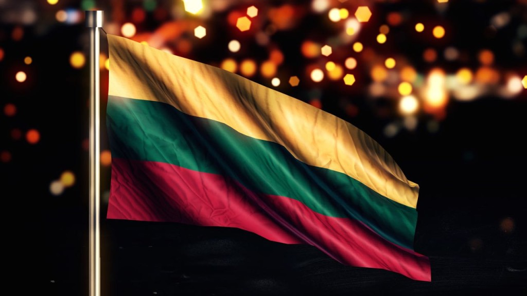 lithuania-flag-independence
